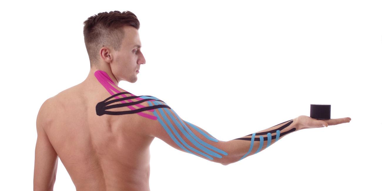 Il tape elastico riduce il dolore e migliora la funzionalità del sistema muscolo-scheletrico